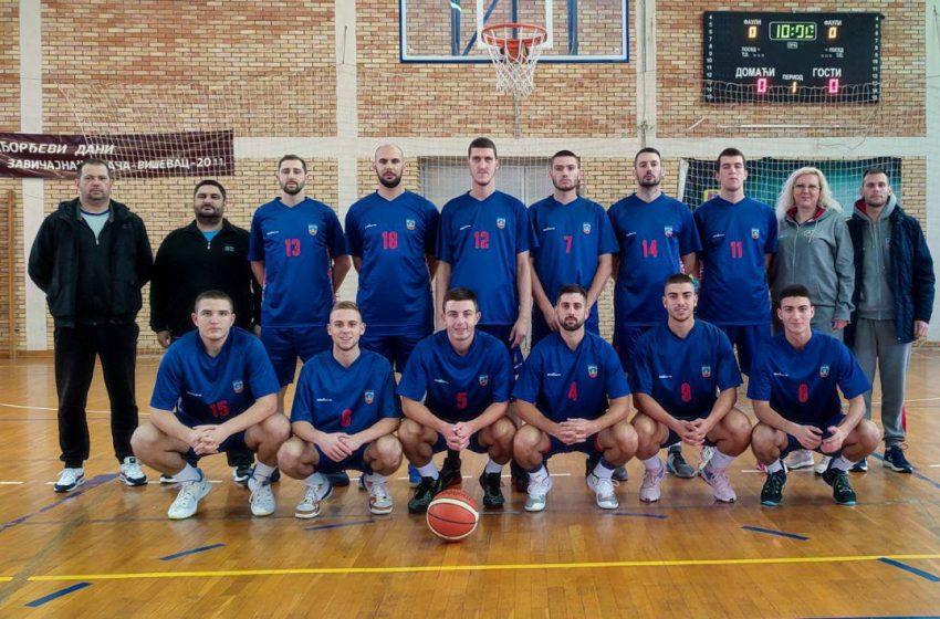 Košarkaši Paraćina sezonu otpočeli porazom